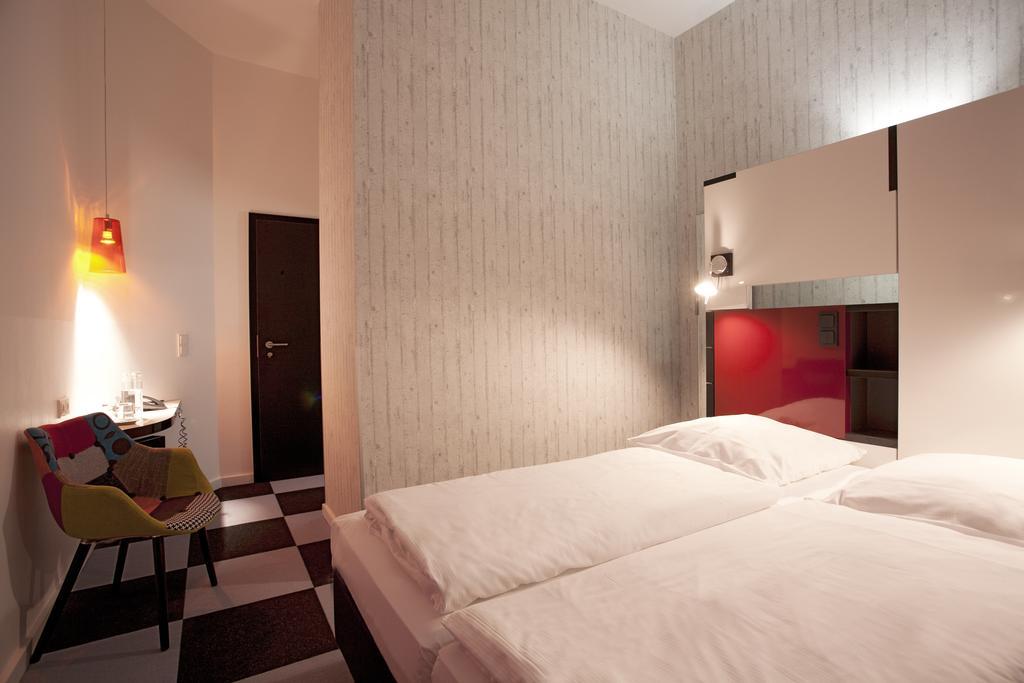Hotel Cristall Frankfurt Double Room