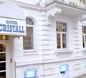 Hotel Cristall Frankfurt Front